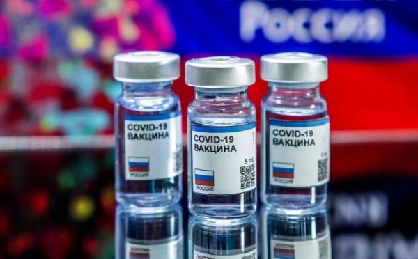 Правда и ложь Кремля о российской вакцине -Спутник V